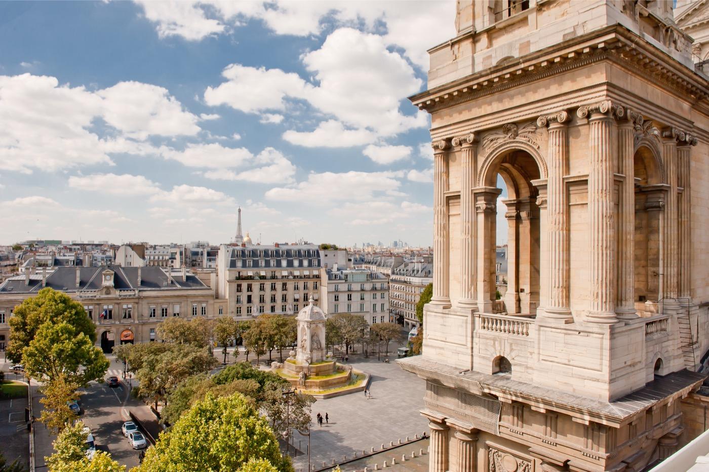 VIVRE A PARIS